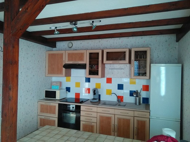 Appartement indépendant, vacation rental in Chabeuil