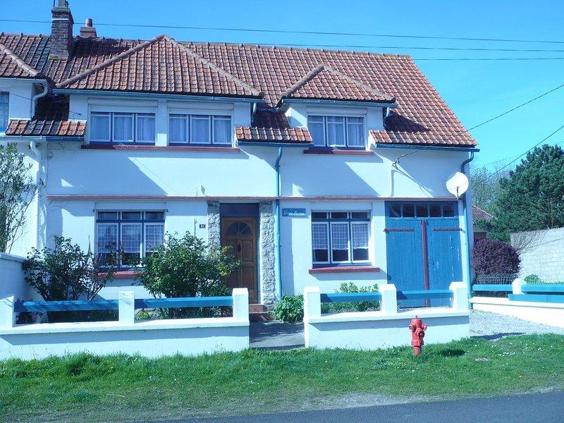 Maison ' Brise Marine'  avec jardin clos à 8' à pied  de la plage et du centre, vacation rental in Bleriot-Plage
