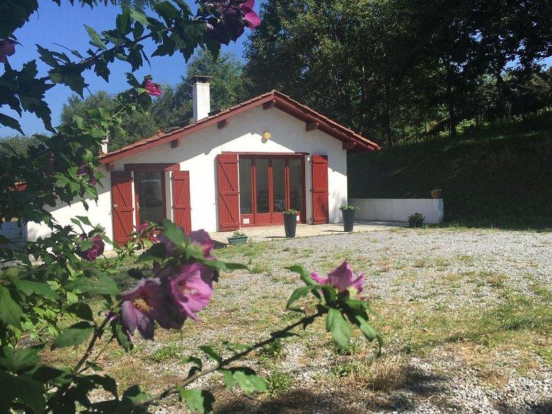 Maison/Villa avec vue exceptionnelle sur la campagne basque, alquiler de vacaciones en Elizondo