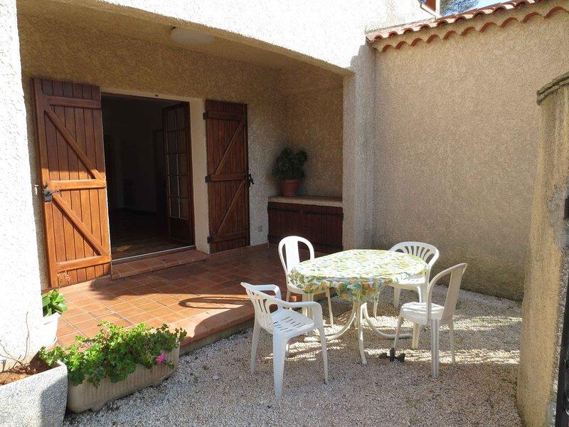 Appartement en Rez de Chaussée de villa type F3, location de vacances à Carqueiranne