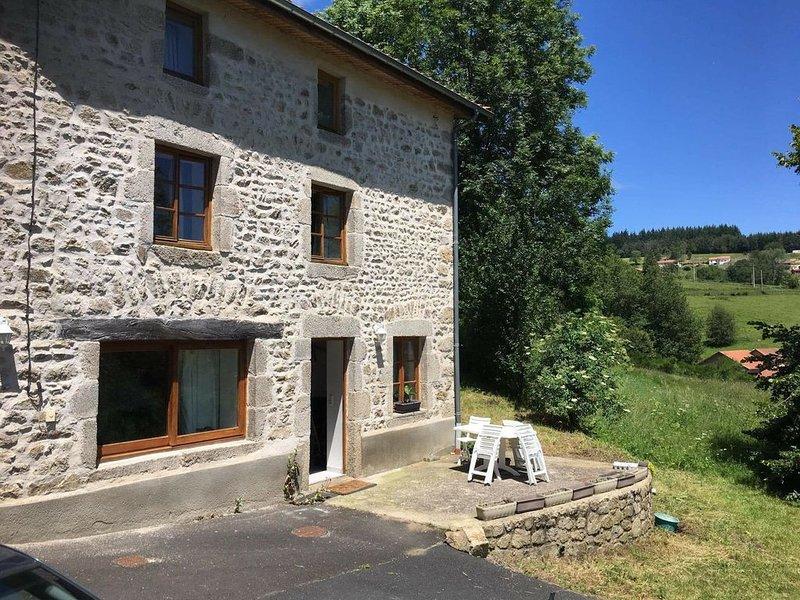«Gite des Ch 'tis»  à Sous le Bost- Palladuc- Puy de Dôme-Auvergne, vacation rental in Thiers City