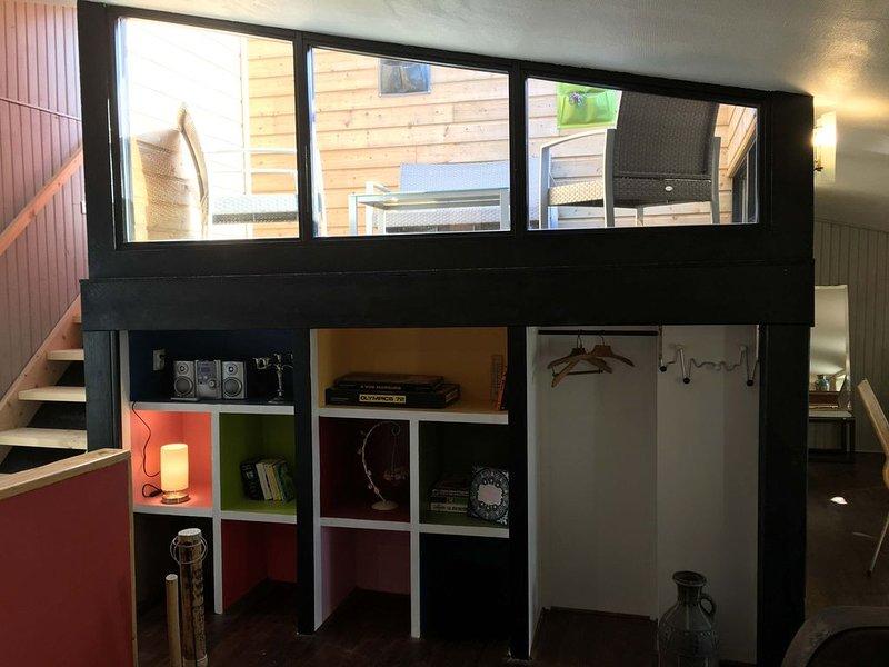 Gîte la Tropézienne Duplex avec Terrasse sur Gironde 3 ch. 6/8 pers, holiday rental in Berson