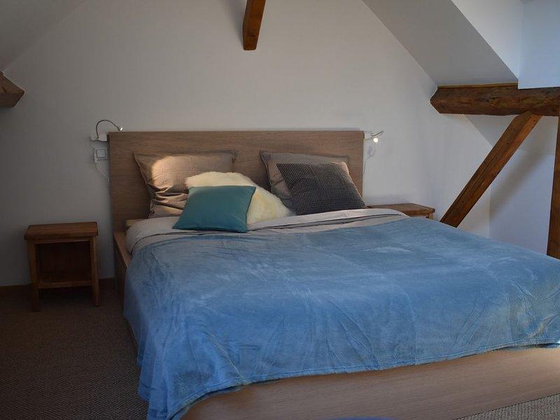 Meublé 2 chambres , balcon, cure ou vacances, casa vacanza a Montcel