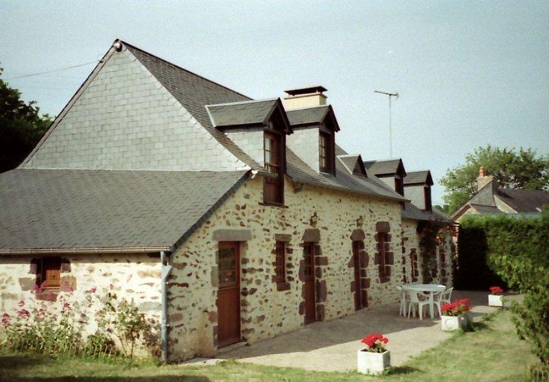 fermette rénovée - proximité foret, casa vacanza a Saint-Georges-le-Gaultier