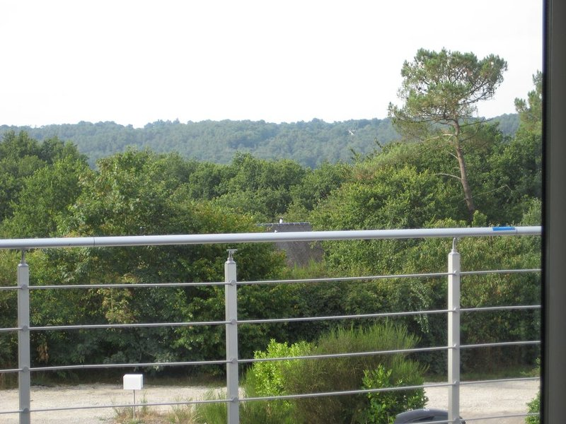 Jolie chambre entre paysage et nature verdoyante, casa vacanza a Saint-Just