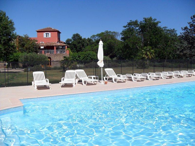 Appartement dans une bastide avec piscine et terrasse, location de vacances à Le Luc