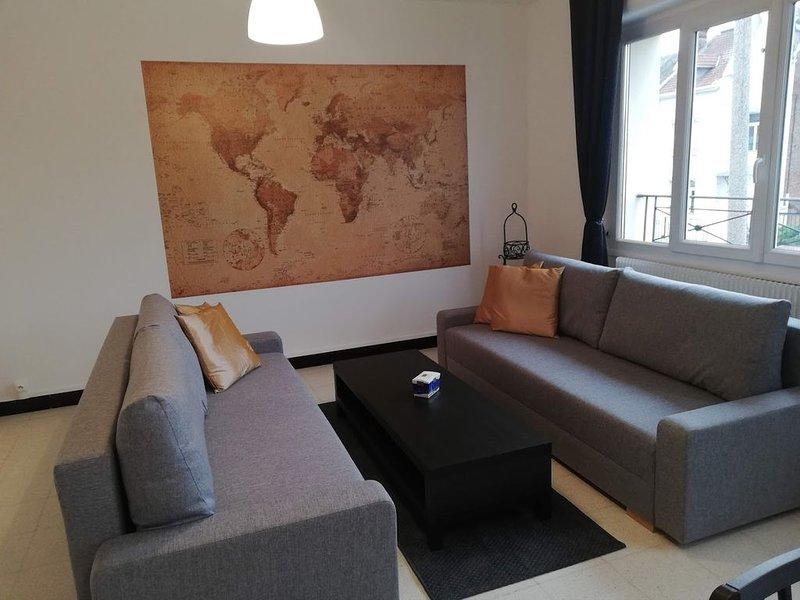 L invitation aux voyage : Appartement de 2 à 10 places, location de vacances à Bullecourt