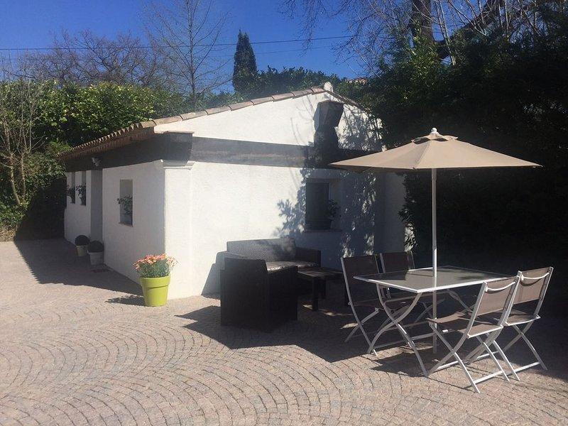 Petite maison indépendante dans propriété à Vence, Ferienwohnung in Vence