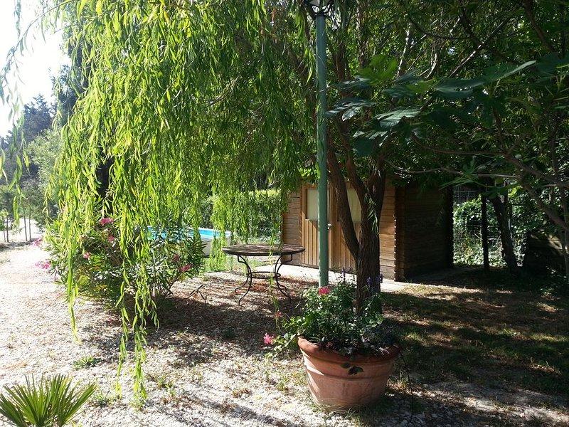 La maison d'Elorac St Rémy de Provence avec piscine privée, aluguéis de temporada em Saint-Remy-de-Provence