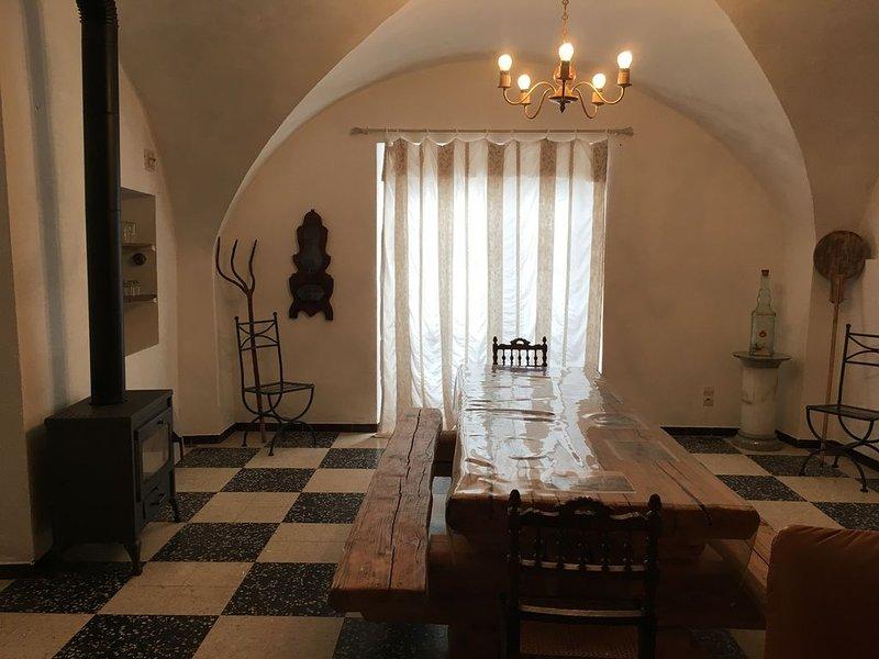 chambre d hotes dans maison de village, holiday rental in Saint-Michel-de-Deze