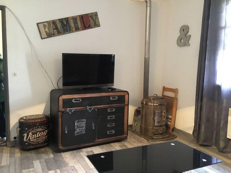 Appartement 2 pièces Proche des Gorges du Verdon, aluguéis de temporada em Aups