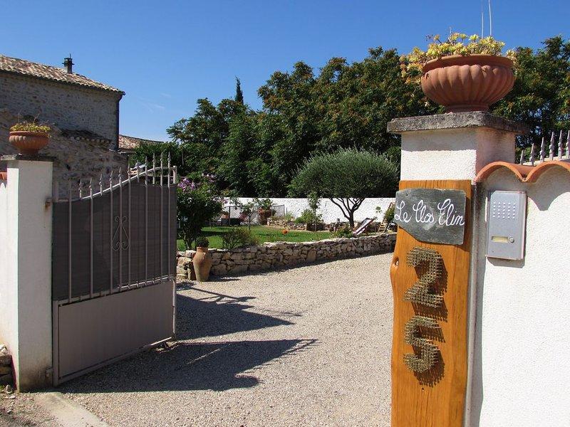 Gite dans la Drôme Provençale, vacation rental in Saint-Lager-Bressac