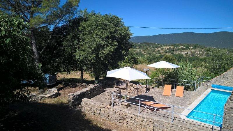 Mas provençal avec piscine dans un domaine de 4 ha au milieu de la garigue, location de vacances à La Cadière-et-Cambo