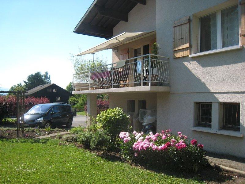 Chambre accès privé tout confort  avec jardin dans maison à 5 minutes d'Annecy, location de vacances à Quintal