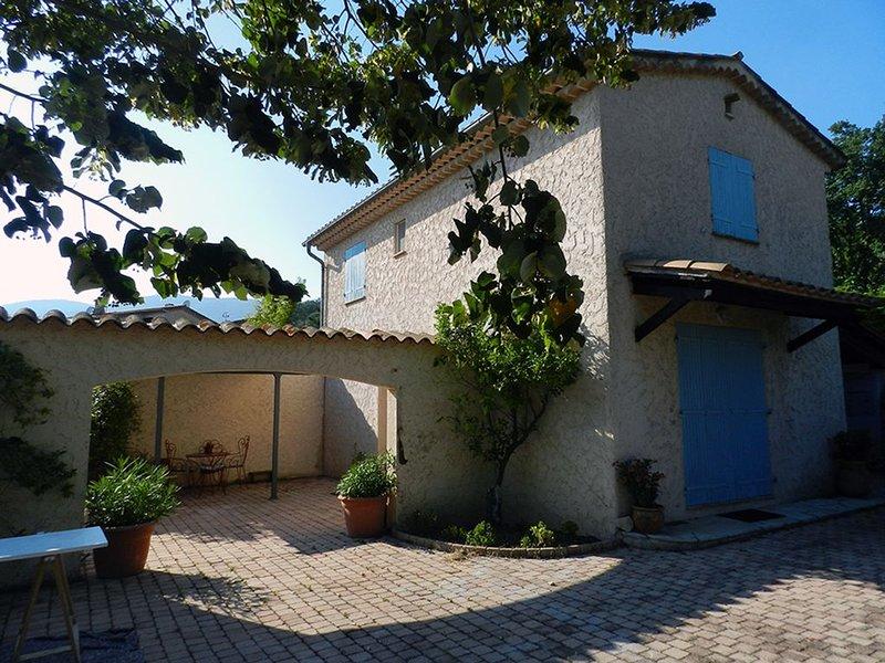 Maison à louer proche Opio, holiday rental in Grasse