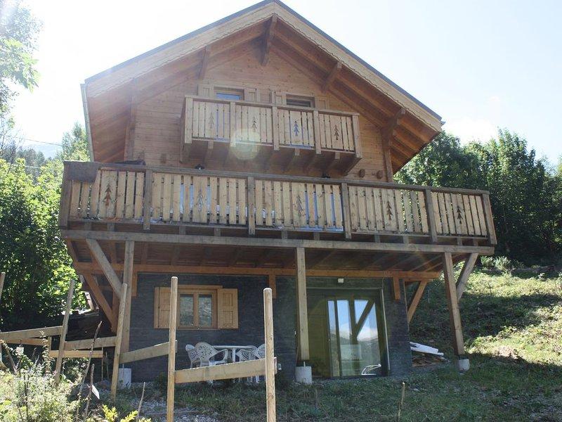 Appartement de 45 m2 en rdc d'un chalet en bois, location de vacances à Orcières