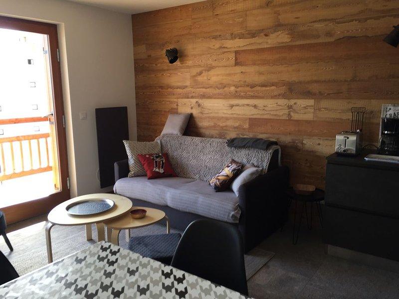 Appartement 2 pièces 6 personnes neuf et entièrement équipé, holiday rental in Montgenevre