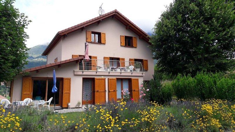 Découvrez la vallée la plus sauvage des Écrins !, holiday rental in La Motte-en-Champsaur