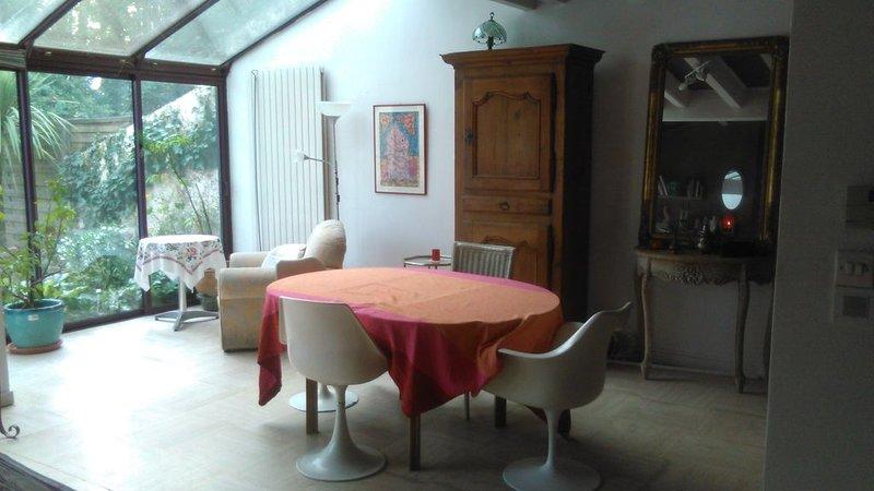 Maison contemporaine située à Dax à 35 Mn des plages de Vieux Boucau – semesterbostad i Saint-Paul-les-Dax
