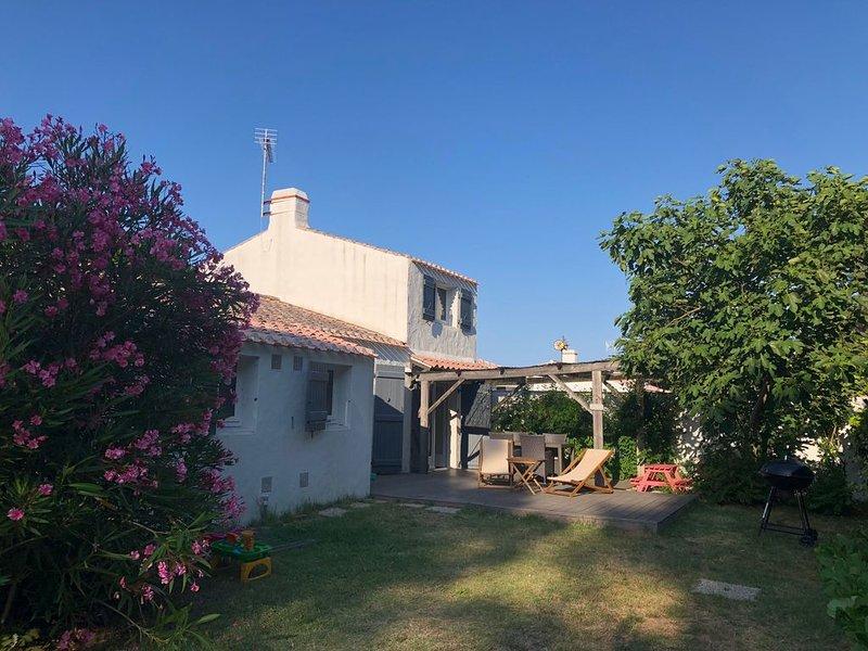 ☀️ 100m2, 3 chambres, lumineuse et pleine de charme à La Guérinière �, holiday rental in L'Epine