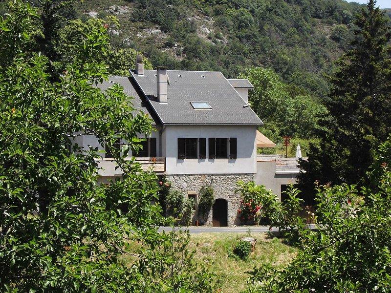 Dourbies, Mont Aigoual, Pars national des Cévennes  à 500 m de la rivière, aluguéis de temporada em Alzon