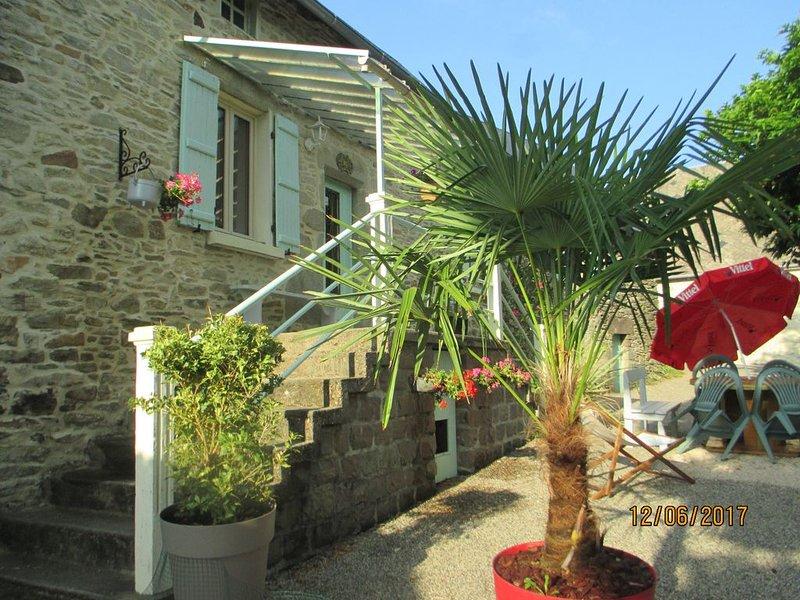 Gîte rural Pura Vida 3 épis, pour les amoureux de la nature et des animaux !, holiday rental in Le Pescher