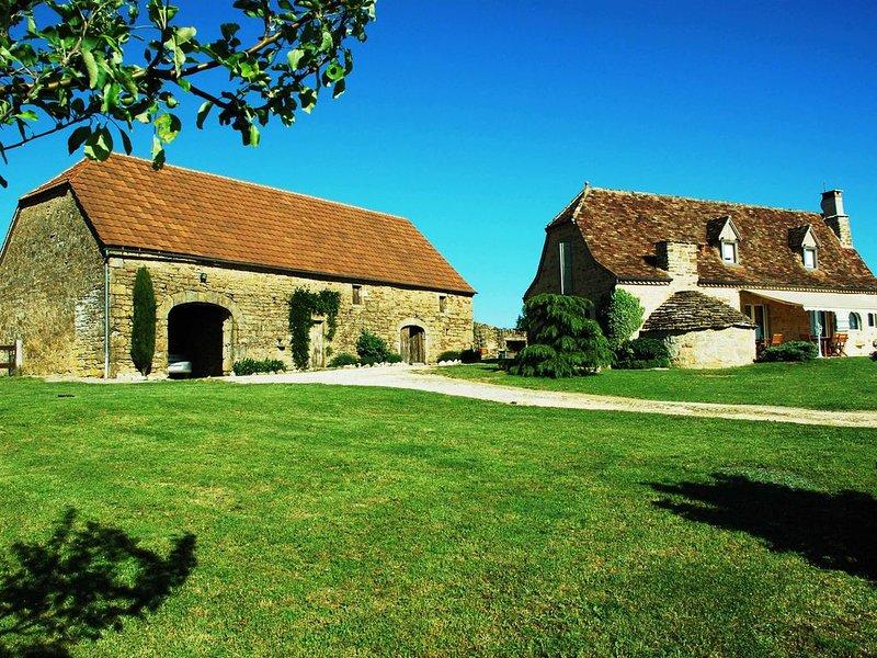 Maison de charme 6 personnes piscine entre Rocamadour et Padirac, location de vacances à Bio