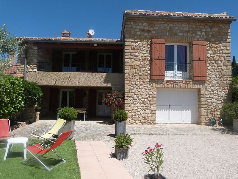 L'Oustau de Bertranet, vacation rental in Le Barroux