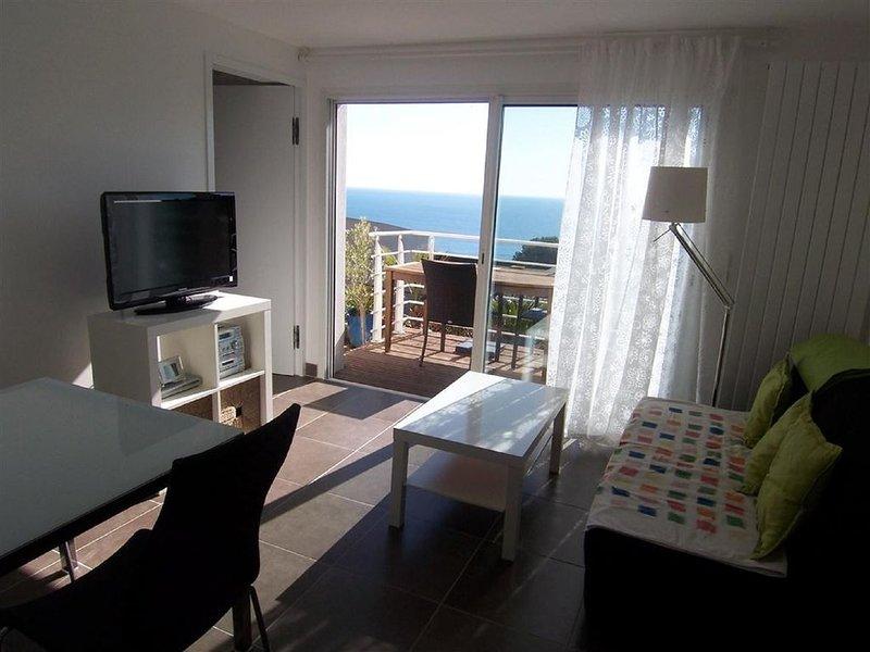 Sète, magnifique vue mer, en teck, vacation rental in Sete