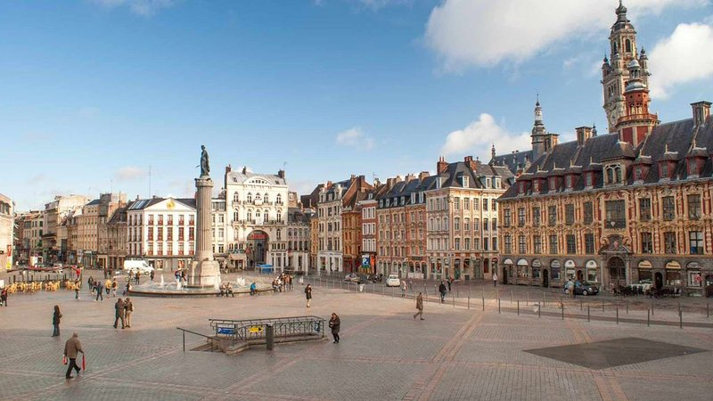 appartement sur sequedin  3 km de lille 15km de tournai, holiday rental in Ploegsteert