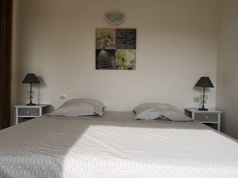 Puech Long Lodge - Gîte La Capitelle, holiday rental in Clarensac