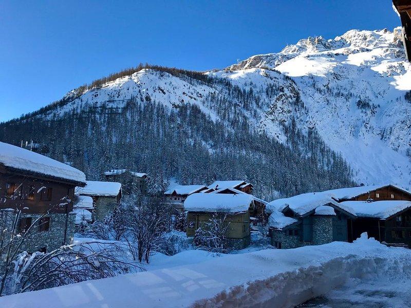 Val d'Isère - Charmant 3 pièces Vue Montagnes, holiday rental in Savoie