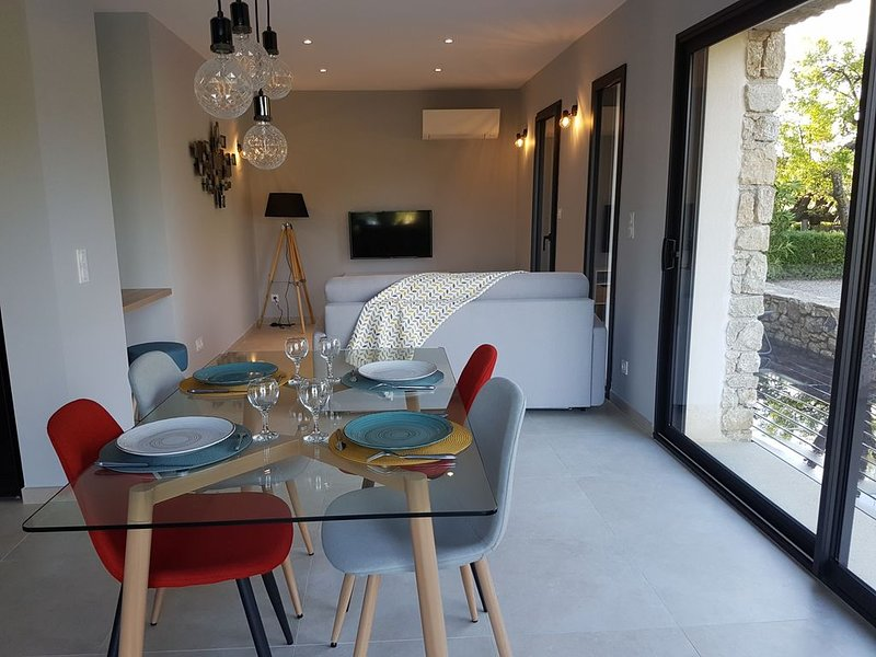 Les verveines  gite 2/4 pers  en Provence, holiday rental in Villedieu