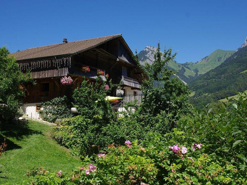 Ferme de montagne rénovée Massif des Aravis, location de vacances à Le Petit-Bornand-les-Glières