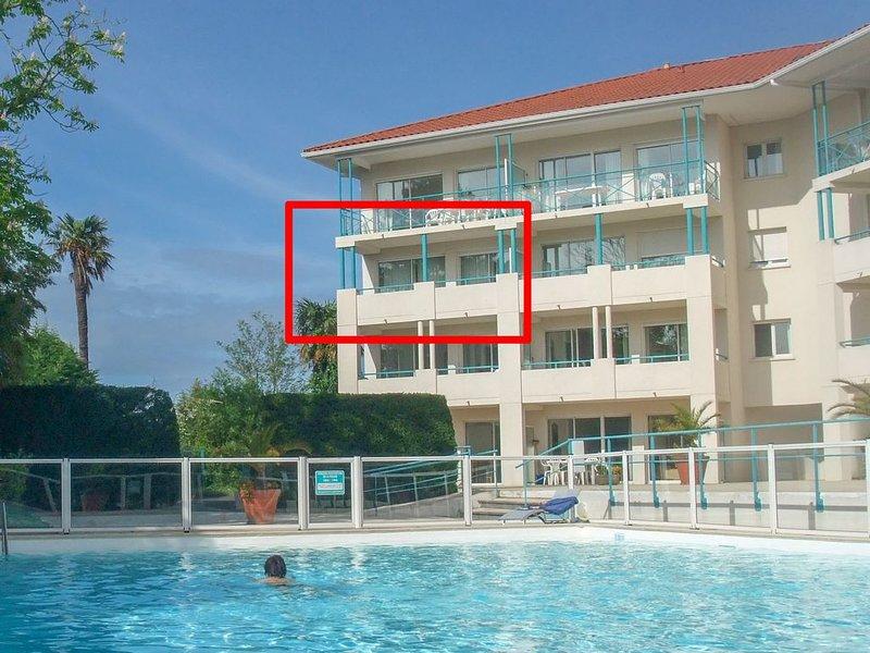 Appartement 6 personnes rénové, avec piscine et 2 terrasses, location de vacances à Ciboure