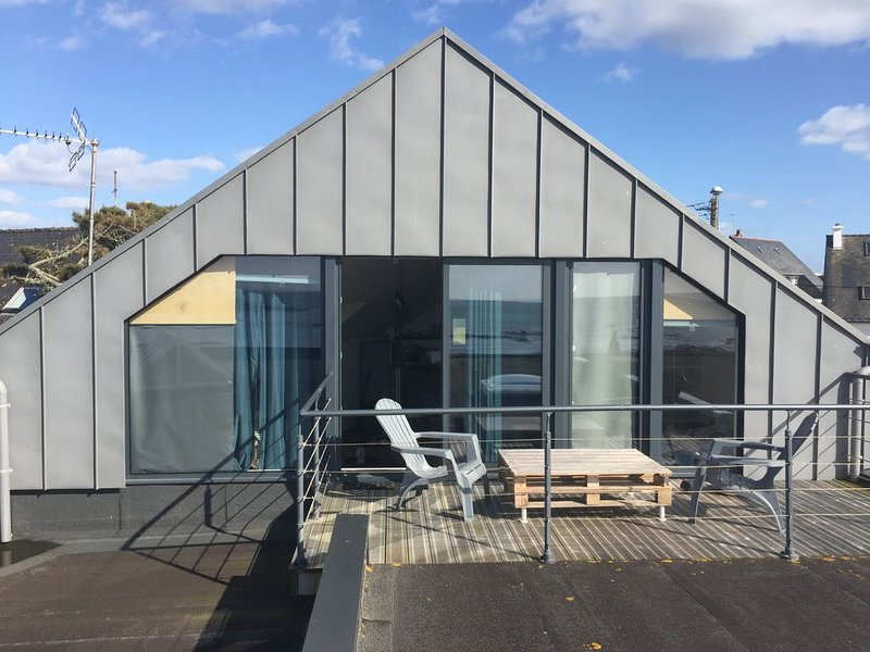 APPARTEMENT T2  NEUF  NVUE MER TOUT CONFORT, holiday rental in Ploemeur
