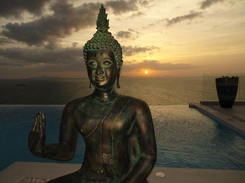 Fabuleuse villa Alizés, vue mer avec véhicule 4x4., vakantiewoning in Ang Thong