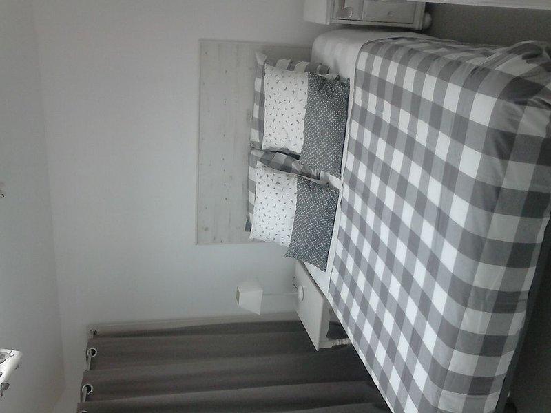 Location meublée pour 4 personnes, aluguéis de temporada em Aytre