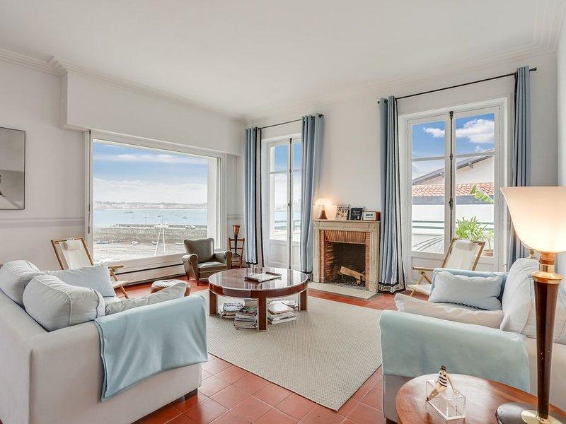 Appartement sur l'eau avec vue panoramique., location de vacances à Ciboure