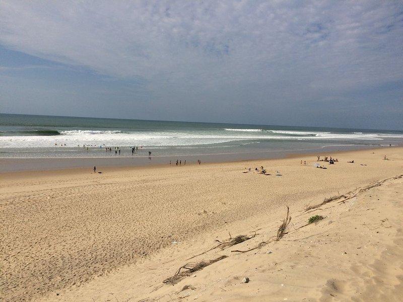 Beach Carcans (2kms)