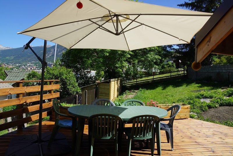 Maison de village avec jardin, location de vacances à Briançon