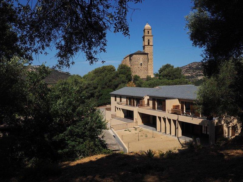 APPARTEMENT PATRIMONIO CORSE 4 PERSONNES ENTRE MER ET MONTAGNE, vacation rental in Patrimonio