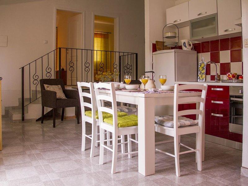 Ap. DALIA,  Estate under the Paintbrush, Rukavac, l'ile de Vis, location de vacances à Island of Vis