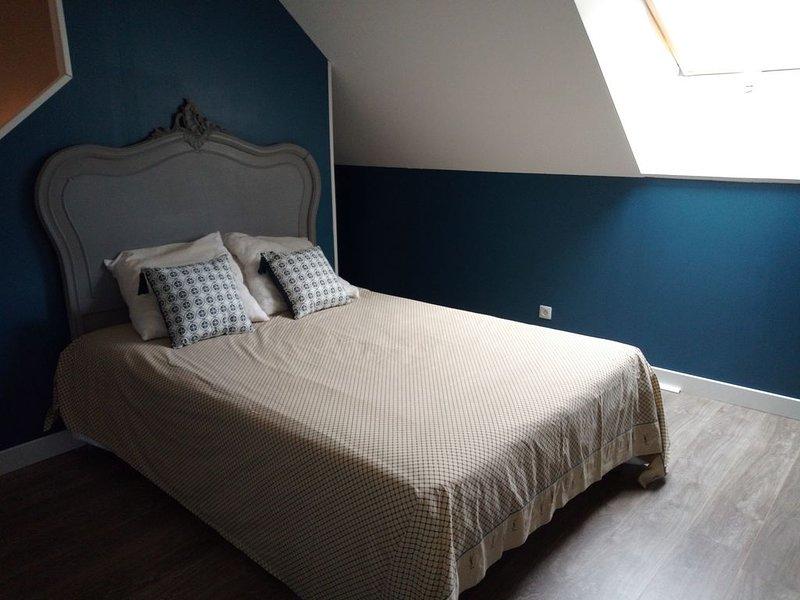 Charmant petit logement à Bayeux, aluguéis de temporada em Subles