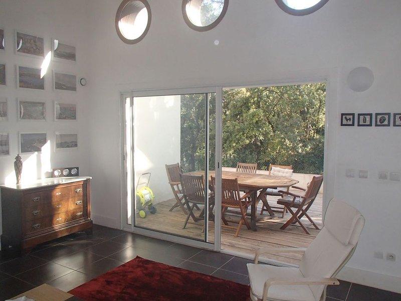 Au coeur de la Provence Verte, villa 4 chambres, 8 personnes, holiday rental in Bras