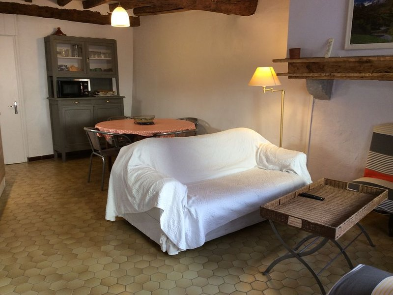 La Jeannette Maison 3/4 personnes, holiday rental in Bedous