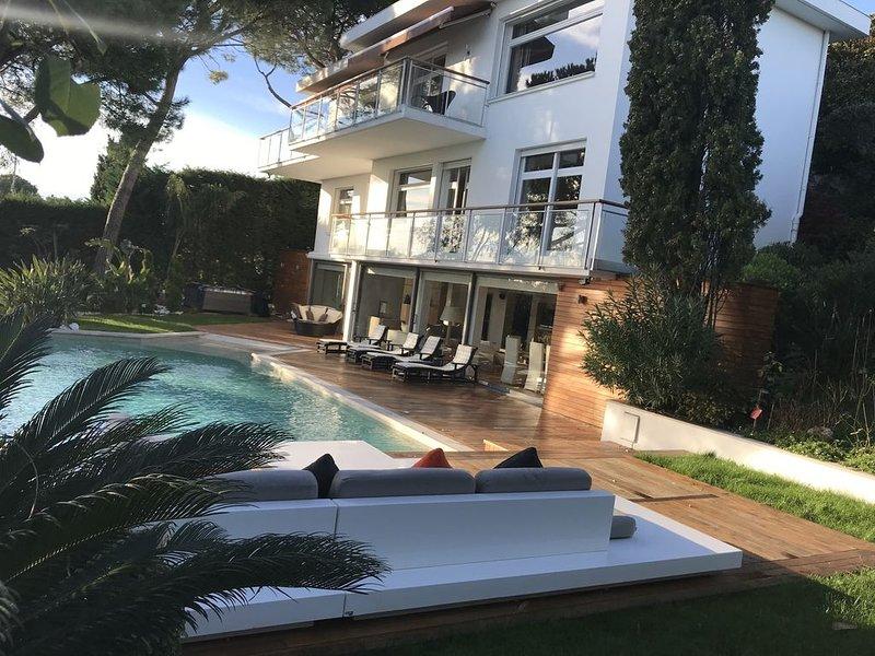 Sublime Villa haut standing, location de vacances à Falicon