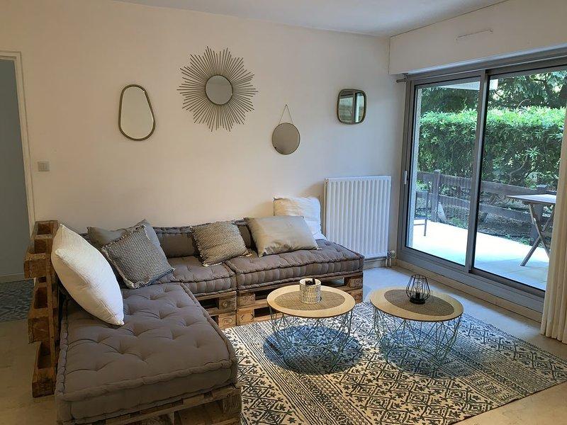 Appartement au coeur de Nîmes, holiday rental in Nimes