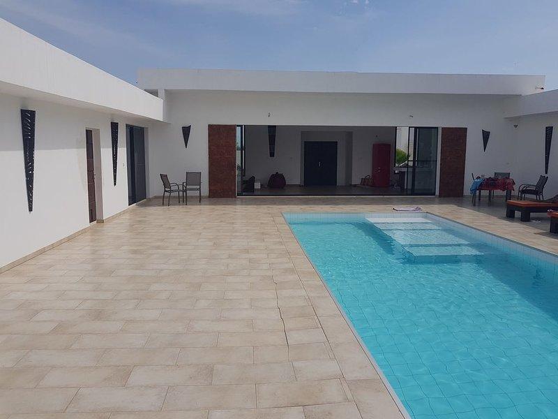Villa d'architecte Keur Kawan , repos assuré proche de la lagune, vacation rental in La Petite Cote