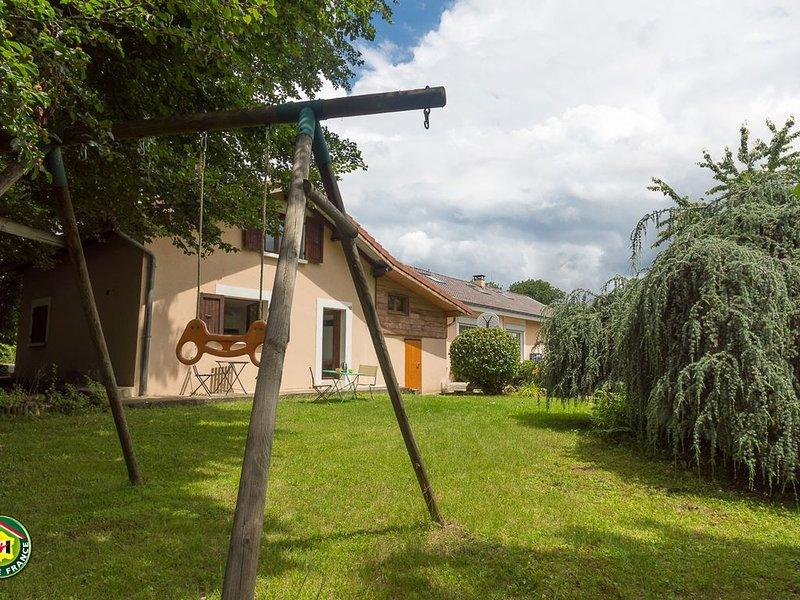 Gîte 25 m2 en duplex, en rez de jardin, dans un bâtiment autonome., casa vacanza a Laffrey